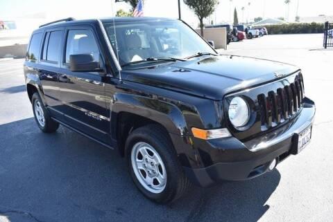 2015 Jeep Patriot for sale at DIAMOND VALLEY HONDA in Hemet CA