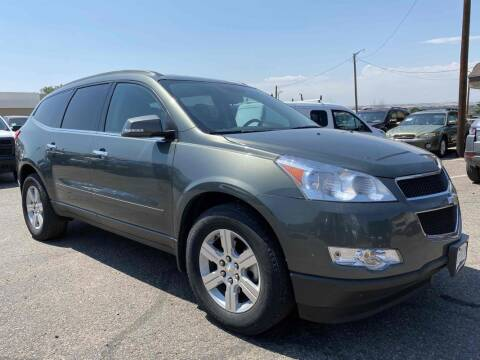 2011 Chevrolet Traverse for sale at BERKENKOTTER MOTORS in Brighton CO