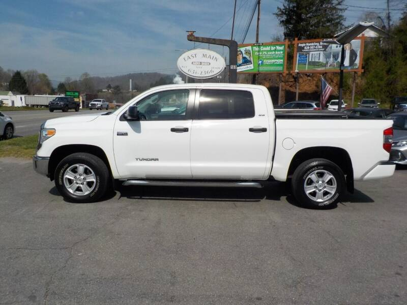 2017 Toyota Tundra for sale at EAST MAIN AUTO SALES in Sylva NC