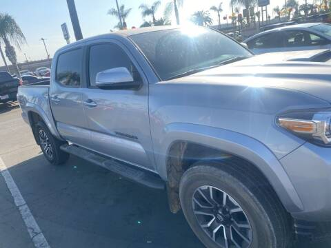 2020 Toyota Tacoma for sale at Nissan of Bakersfield in Bakersfield CA