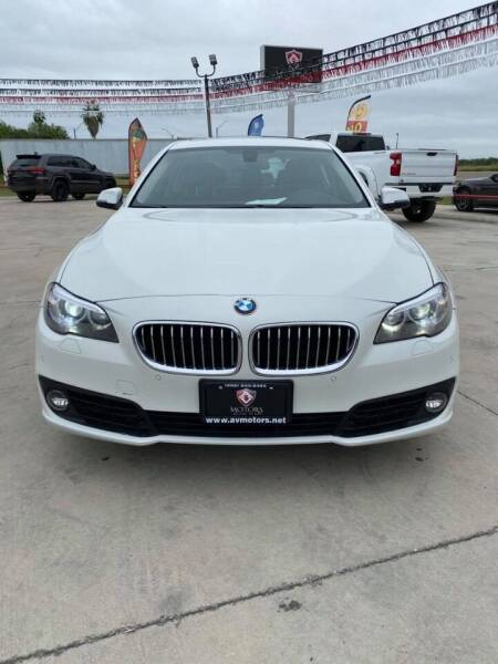 2015 BMW 5 Series for sale at A & V MOTORS in Hidalgo TX