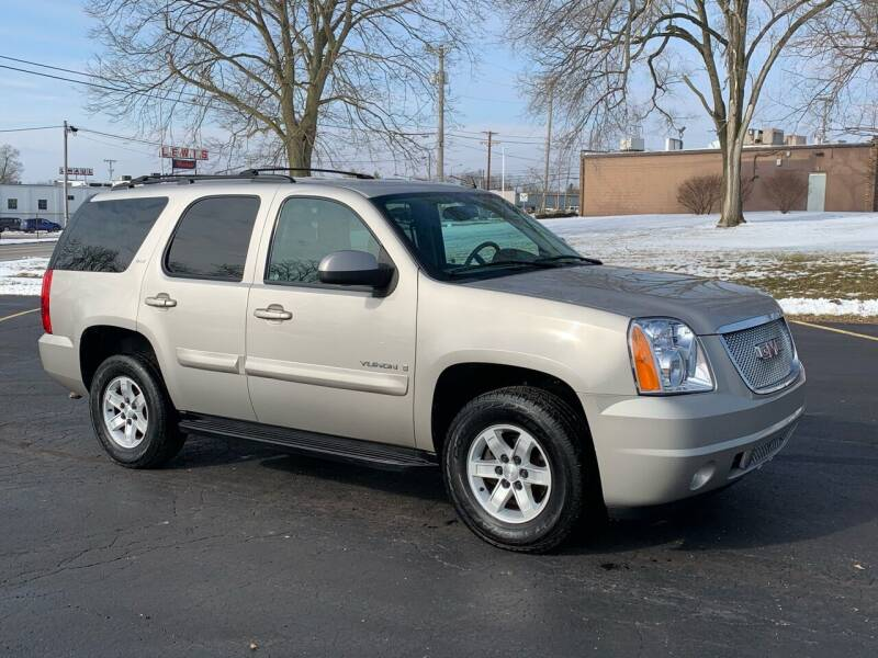 2007 GMC Yukon for sale at Dittmar Auto Dealer LLC in Dayton OH