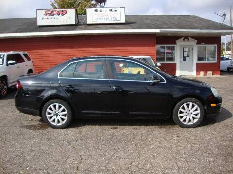 2008 Volkswagen Jetta for sale at G and G AUTO SALES in Merrill WI
