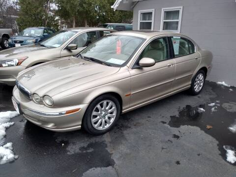 2002 Jaguar X-Type for sale at Deals on Wheels in Oshkosh WI