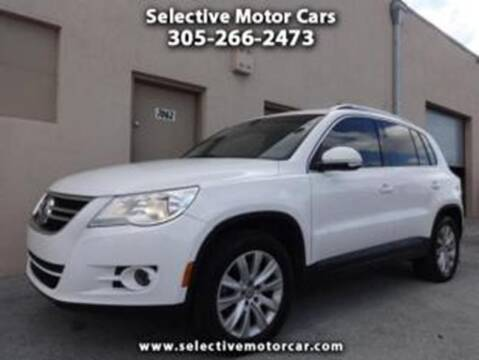 2009 Volkswagen Tiguan for sale at Selective Motor Cars in Miami FL