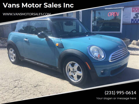 2008 MINI Cooper for sale at Vans Motor Sales Inc in Traverse City MI