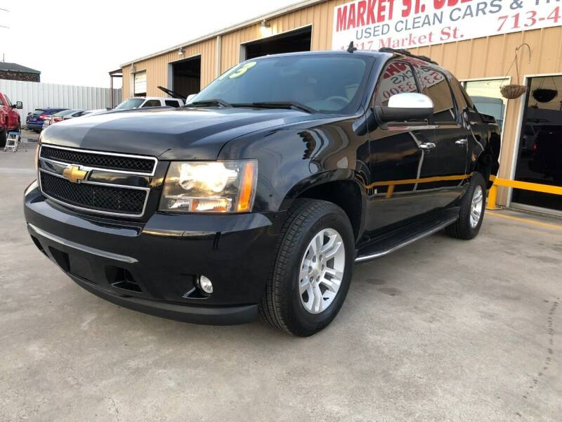 2013 Chevrolet Avalanche for sale at Market Street Auto Sales INC in Houston TX