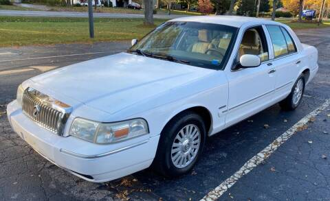 2006 Mercury Grand Marquis for sale at Select Auto Brokers in Webster NY