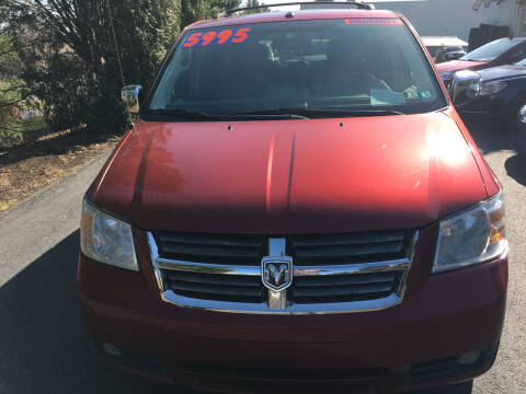 2008 Dodge Grand Caravan for sale at BIRD'S AUTOMOTIVE & CUSTOMS in Ephrata PA