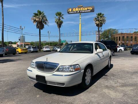 2005 Lincoln Town Car for sale at A MOTORS SALES AND FINANCE in San Antonio TX