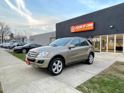 2009 Mercedes-Benz M-Class for sale at HOUSE OF CARS CT in Meriden CT