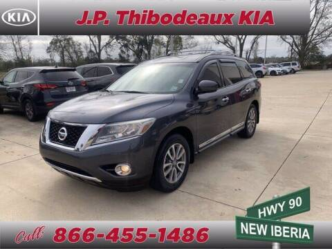 2014 Nissan Pathfinder for sale at J P Thibodeaux Used Cars in New Iberia LA
