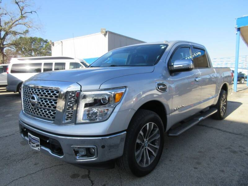 2017 Nissan Titan for sale at Quality Investments in Tyler TX