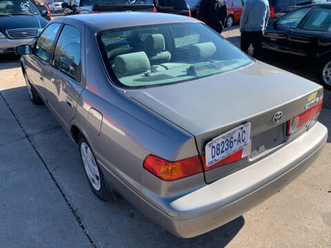 2001 Toyota Camry for sale at Camdenton Motors & Marine in Camdenton MO