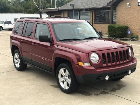 2016 Jeep Patriot for sale at Safeen Motors in Garland TX