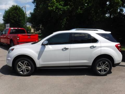 2016 Chevrolet Equinox for sale at Dave's Car Corner in Hartford City IN