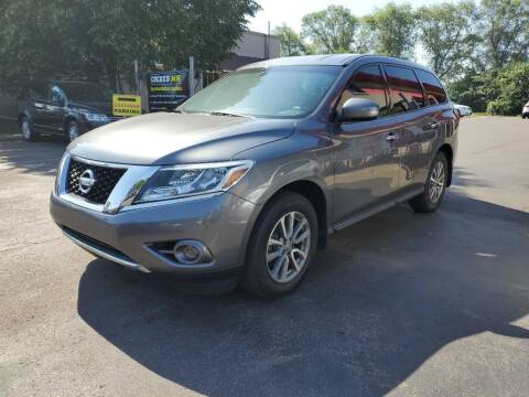 2015 Nissan Pathfinder for sale at MIDWEST CAR SEARCH in Fridley MN