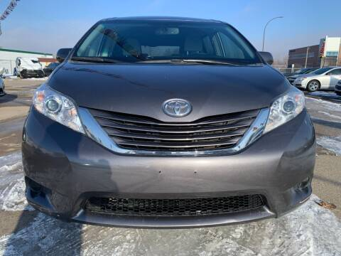 2017 Toyota Sienna for sale at Minuteman Auto Sales in Saint Paul MN