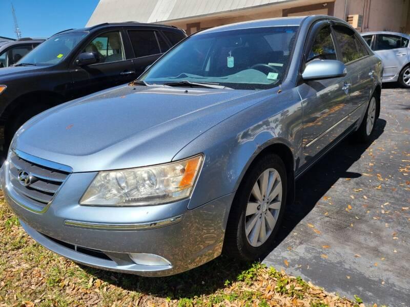 2010 Hyundai Sonata for sale at CAR-RIGHT AUTO SALES INC in Naples FL