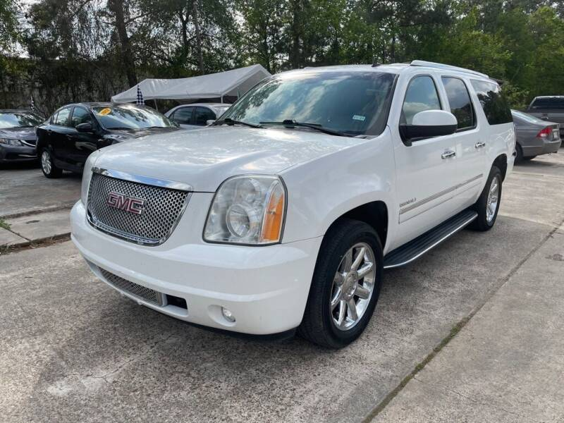 2011 GMC Yukon XL for sale at AUTO WOODLANDS in Magnolia TX