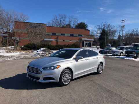 2015 Ford Fusion for sale at DILLON LAKE MOTORS LLC in Zanesville OH