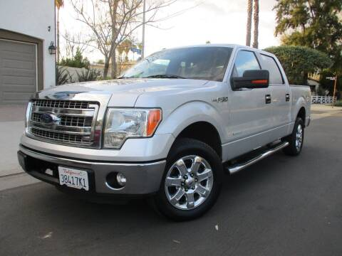 2013 Ford F-150 for sale at Valley Coach Co Sales & Lsng in Van Nuys CA
