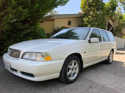 1998 Volvo V70 for sale at Santa Barbara Auto Connection in Goleta CA