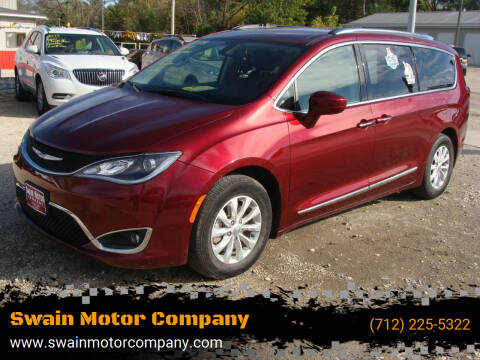 2018 Chrysler Pacifica for sale at Swain Motor Company in Cherokee IA