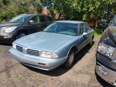 1995 Oldsmobile Eighty-Eight Royale for sale at Paulson Auto Sales in Chippewa Falls WI