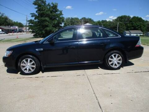 2008 Ford Taurus for sale at Pinnacle Investments LLC in Lees Summit MO