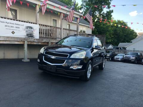 2010 Chevrolet Traverse for sale at Flash Ryd Auto Sales in Kansas City KS