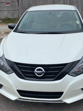 2018 Nissan Altima for sale at Good Clean Cars in Melbourne FL