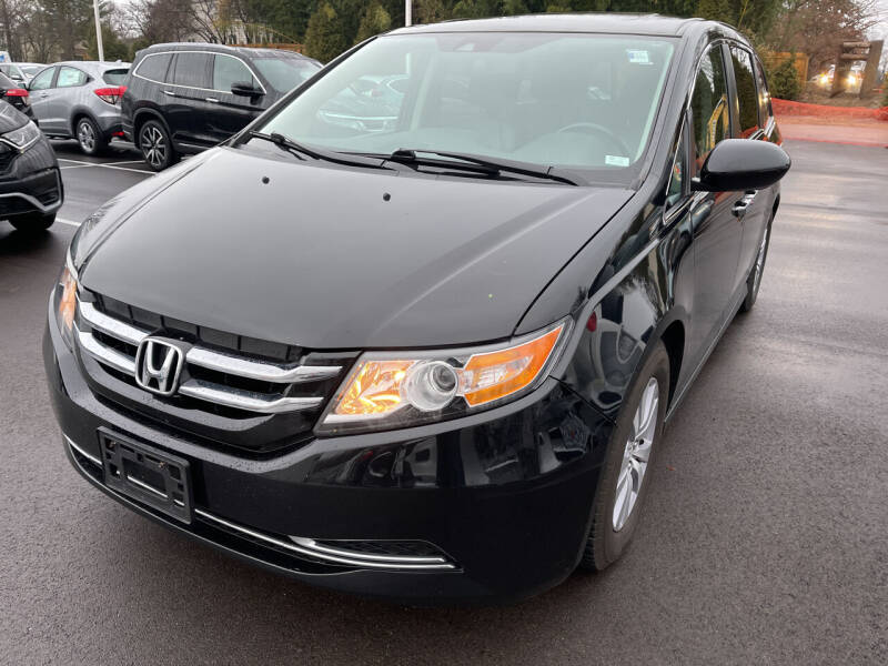2016 Honda Odyssey for sale at Best Deal Motors in Saint Charles MO