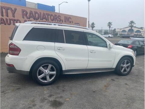 2009 Mercedes-Benz GL-Class for sale at SF Bay Motors in Daly City CA