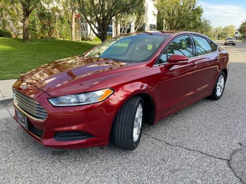 2016 Ford Fusion for sale at Donada  Group Inc in Arleta CA