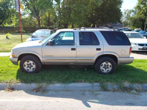 2002 Chevrolet Blazer for sale at D & D Auto Sales in Topeka KS
