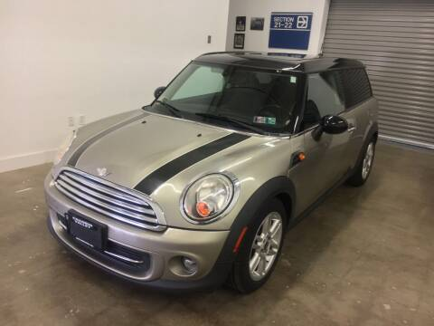 2011 MINI Cooper Clubman for sale at CHAGRIN VALLEY AUTO BROKERS INC in Cleveland OH