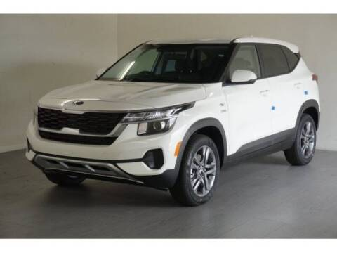 2021 Kia Seltos for sale at FREDYS CARS FOR LESS in Houston TX