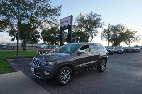 2015 Jeep Grand Cherokee for sale at Ideal Wheels in Sioux City IA