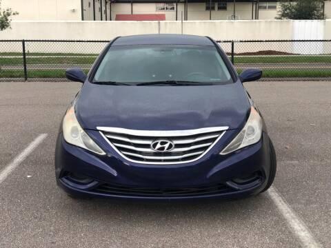 2013 Hyundai Sonata for sale at Carlando in Lakeland FL