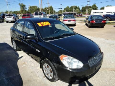2007 Hyundai Accent for sale at Friendship Auto Sales in Broken Arrow OK