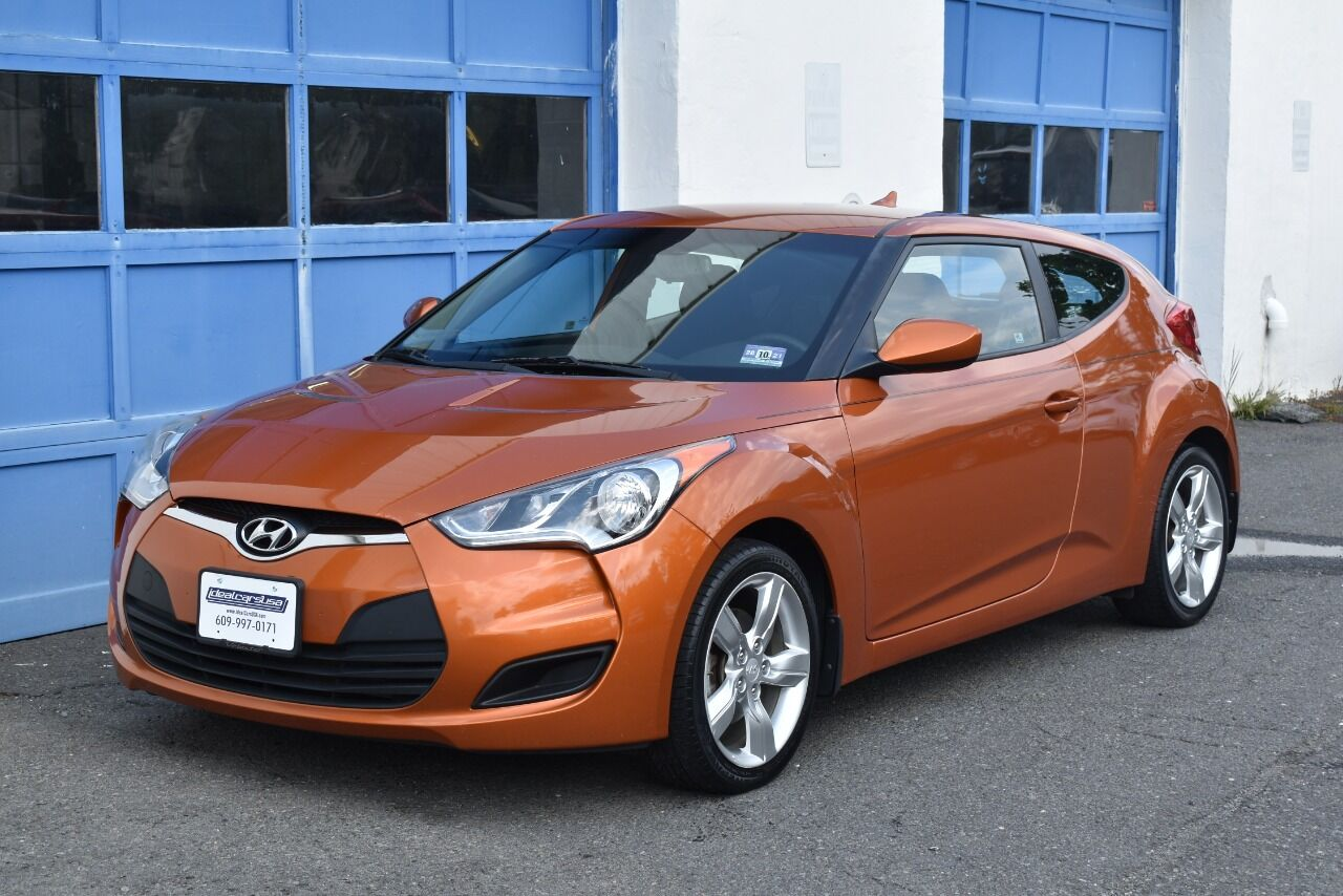 2013 Hyundai Veloster Base 3dr Coupe DCT