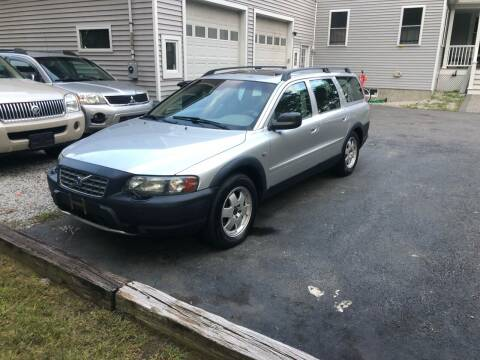 2004 Volvo XC70 for sale at Billycars in Wilmington MA