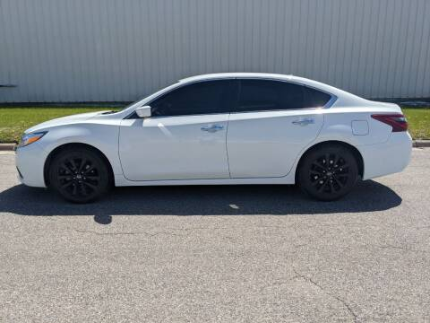 2018 Nissan Altima for sale at TNK Autos in Inman KS