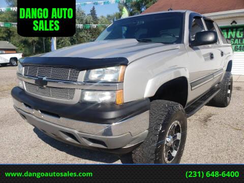 2005 Chevrolet Avalanche for sale at DANGO AUTO SALES in Howard City MI