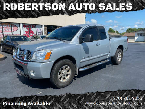 2006 Nissan Titan for sale at ROBERTSON AUTO SALES in Bowling Green KY