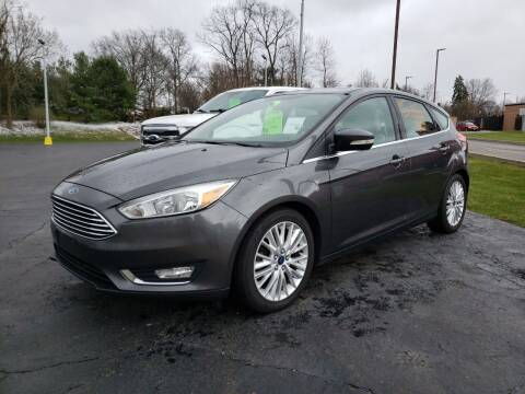 2015 Ford Focus for sale at STRUTHER'S AUTO MALL in Austintown OH