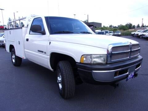 2001 Dodge Ram Chassis 2500 for sale at Delta Auto Sales in Milwaukie OR