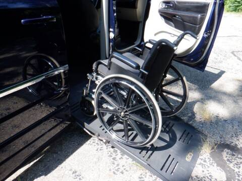 2014 Chrysler Town and Country for sale at Mobility Motors LLC - A Wheelchair Van in Battle Creek MI