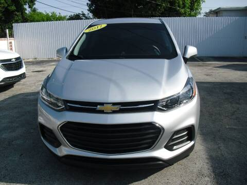 2017 Chevrolet Trax for sale at SUPERAUTO AUTO SALES INC in Hialeah FL